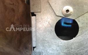 Comment régler un frigo au propane qui ne refroidit pas dû à une obstruction de la sortie de propane!