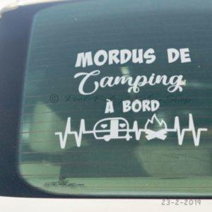 Décalque pour voiture – Mordus de camping à bord